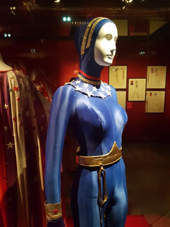 Ancien Costume de Wonder Woman