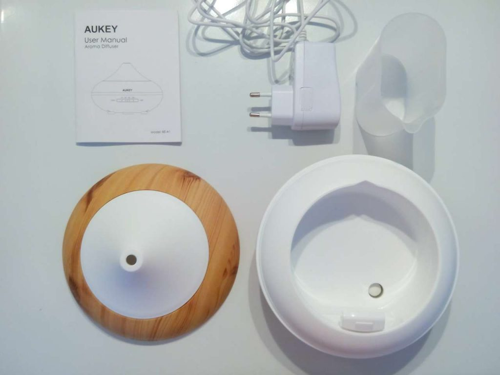 Contenu boîte diffuseur Aukey