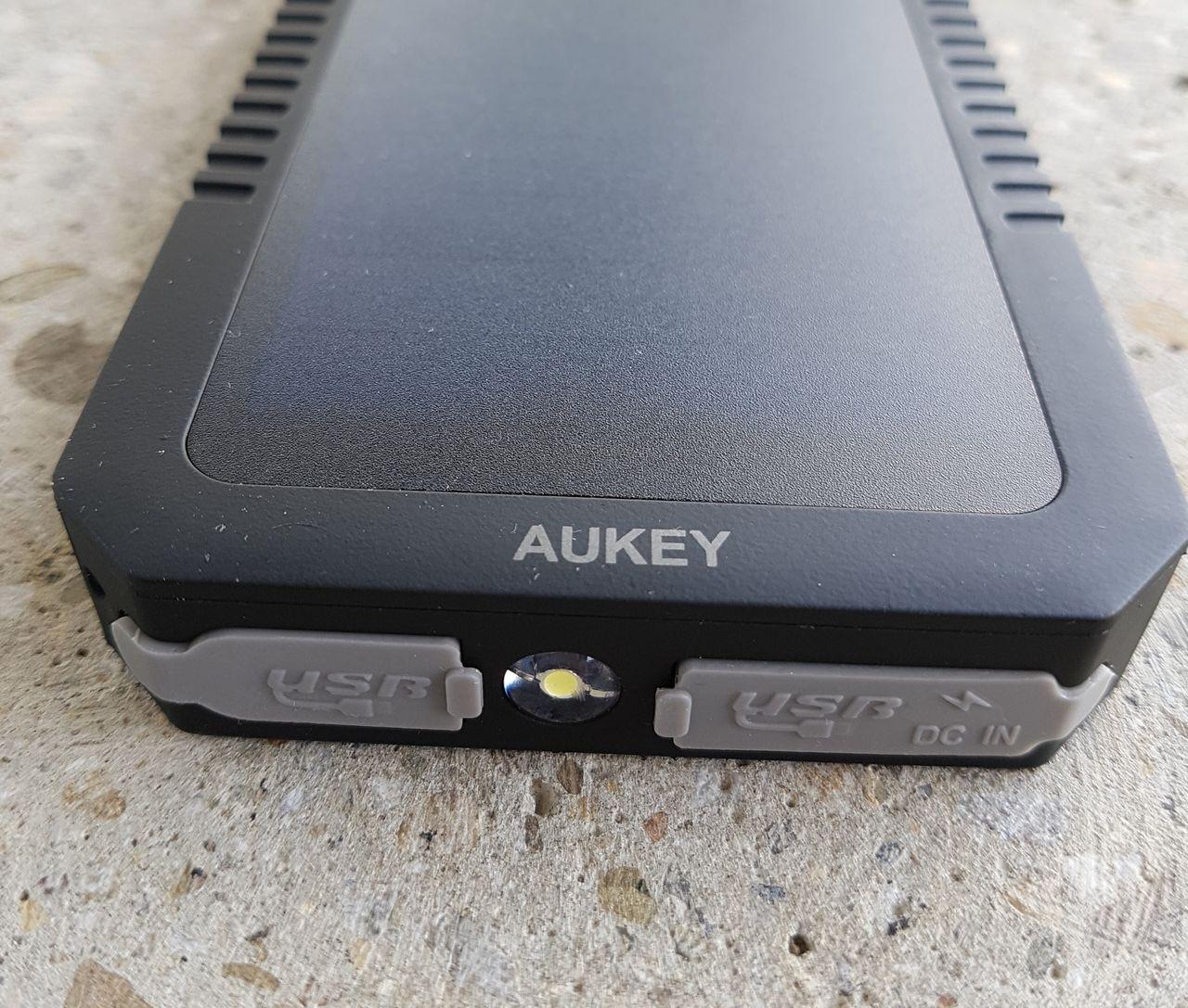 Panneau solaire Batterie Aukey