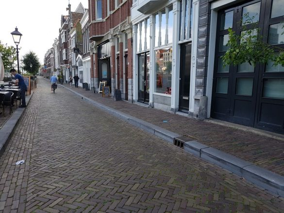 Une rue typique à Rotterdam