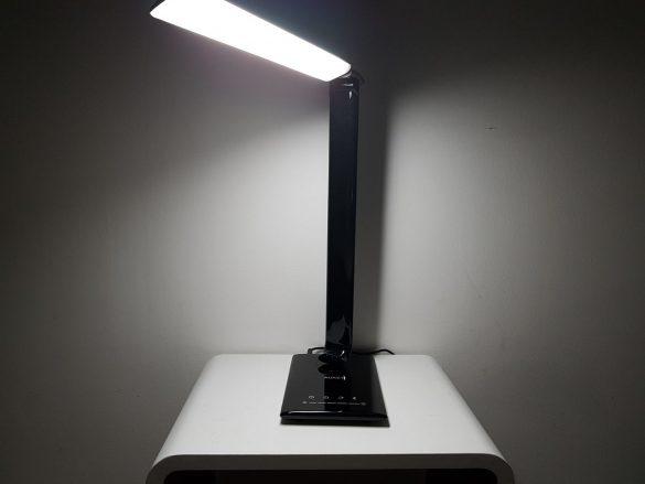 Rotation de la base de la lampe Aukey