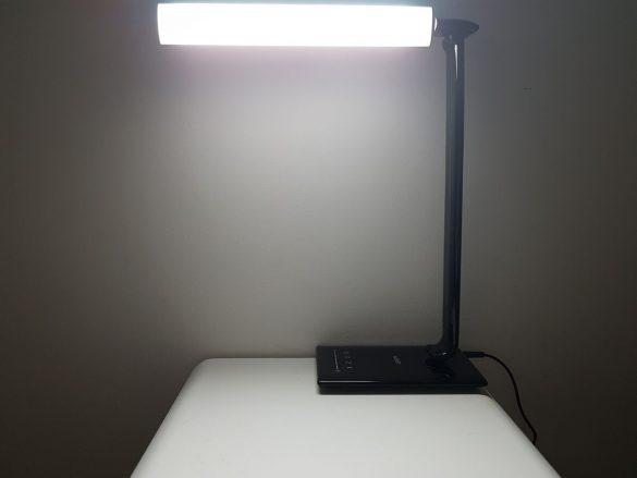 Rotation de la lampe d'Aukey