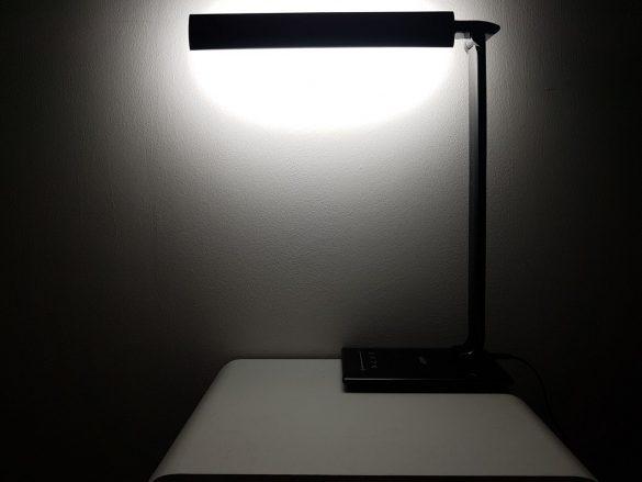 Rotation vers le mur de la lampe Aukey