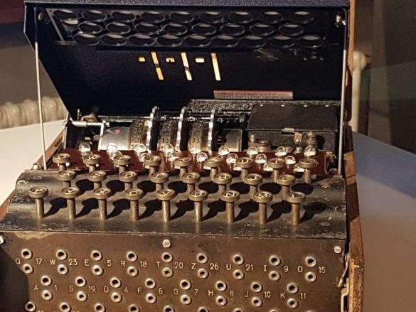 Enigma Clavier