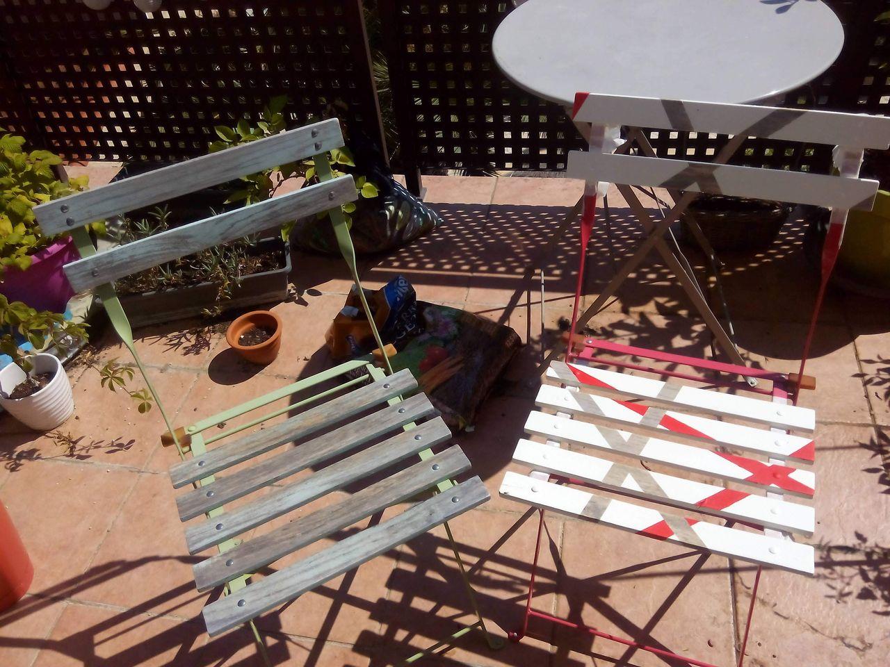 Comment Decaper Une Chaise Vernis retaper au lieu de jeter : la chaise de jardin en bois